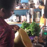 femme africaine dans son quotidien