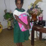 petite fillette prête pour l'école